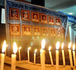 बॉलीवुड हस्तियों ने 26/11 के शहीदों को याद किया