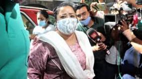 बॉलीवुड ड्रग्स मामला : कॉमेडियन भारती सिंह गिरफ्तार,एनसीबी कर रही पति से पूछताछ