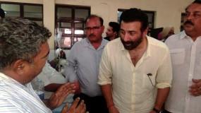 मुख्यमंत्री पंजाब में रेल यातायात बहाल करने में मदद करें : सनी देओल