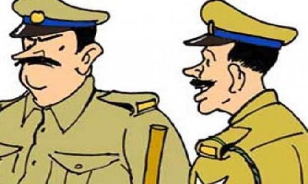 नकली थानेदार मांग रहा था 5 हजार की रिश्वत, पुलिस ने किया गिरफ्तार