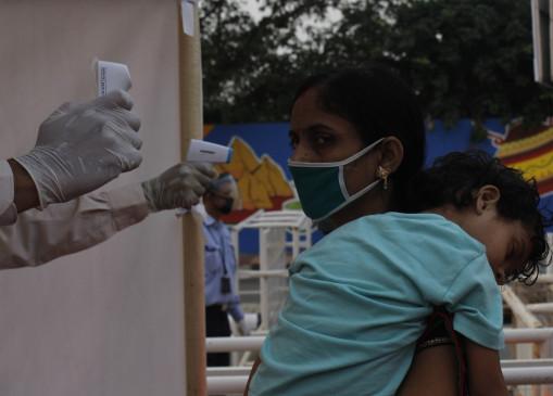 दिवाली के बाद भारत में कोविड के मामलों में गिरावट दर्ज