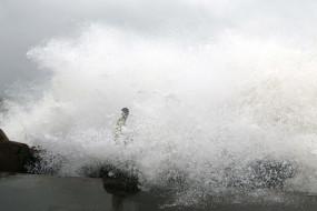 चक्रवात निवार तमिलनाडु और पुदुचेरी तट को 25 नवंबर को कर सकता है पार