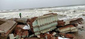 साइक्लोनिक सर्कुलेशन के कारण बंगाल की खाड़ी में बन रहा कम दबाव का क्षेत्र