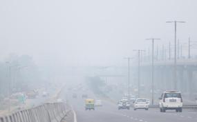 दिल्ली की हवा थोड़ी बेहतर हुई