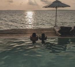 फरहान, शिबानी को मालदीव में मिला उनका हैप्पी प्लेस