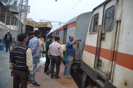 फेस्टिवल स्पेशल -जबलपुर से होकर गुजरेंगी तीन ट्रेनें