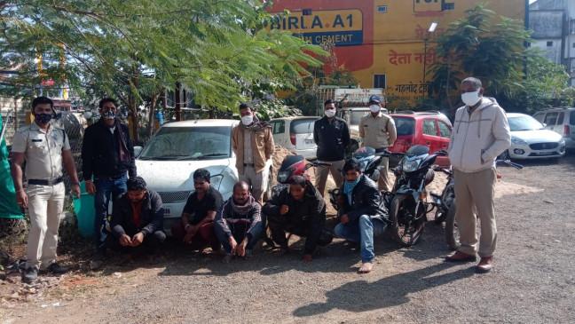 डूंडा सिवनी पुलिस ने 50 हजार नगदी सहित पकड़े पांच जुआरी, 7 हुए फरार