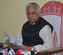 असम के पूर्व मुख्यमंत्री तरुण गोगोई गुवाहाटी में वेंटिलेटर सपोर्ट पर