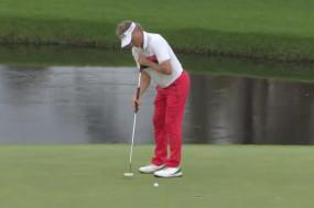 गोल्फ : अगस्ता मास्टर्स में कट लगाने वाले सबसे बुजुर्ग गोल्फर बने लैंगर