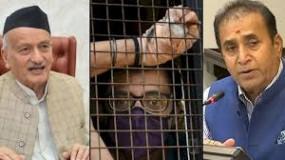 अर्नब के लिए राज्यपाल ने गृहमंत्री को किया फोन, देशमुख ने कहा - कोरोना के कारण जेल में मुलाकात पर रोक