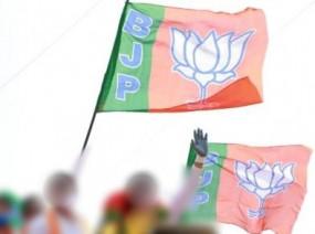 गुजरात : भाजपा के नए 7 विधायकों ने शपथ ली