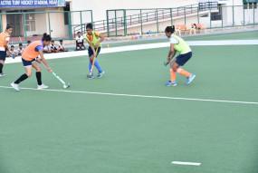 हरियाणा में हॉकी खिलाड़ियों ने अभ्यास शुरू किया