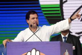 अरबपतियों को आजादी दी गई और किसानों को गुलाम बनाया : राहुल