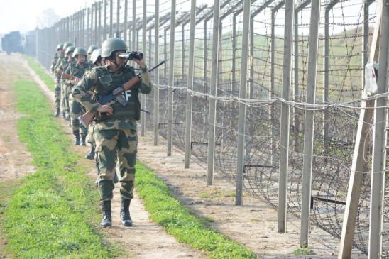 भारत ने जम्मू-कश्मीर में आतंकवादियों की घुसपैठ को लेकर पाकिस्तान को फटकार लगाई