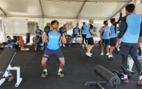 भारतीय क्रिकेटरों का आस्ट्रेलिया में इंतजार कर रहा है भारतीय रेस्टोरेंट