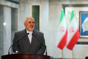 ईरान ने पश्चिमी देशों से सीरिया से प्रतिबंध हटाने की मांग की