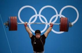 ईरानी वेटलिफ्टर को 8 साल बाद मिला ओलंपिक स्वर्ण