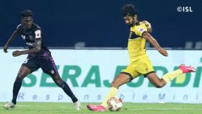 आईएसएल-7 : हैदराबाद की विजयी शुरुआत, ओडिशा को 1-0 से हराया
