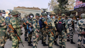 किसान मार्च : दिल्ली बॉर्डर पर बढ़ाई गई सुरक्षा, डायवर्ट की गई ट्रैफिक