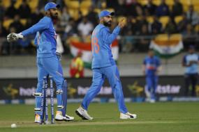 AUS VS IND: कोहली, राहुल ने माना गेंदबाजों में निरंतरता नहीं थी