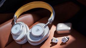 Headphone: प्रसिद्ध ऑटोमेकर लेम्बोर्गिनी ने लॉन्च किए हेडफोन और इयरफोन, जानें क्या है खासियत