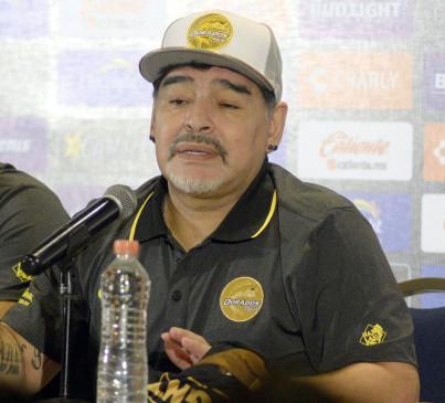 माराडोना का निजी डॉक्टर जांच के घेरे में