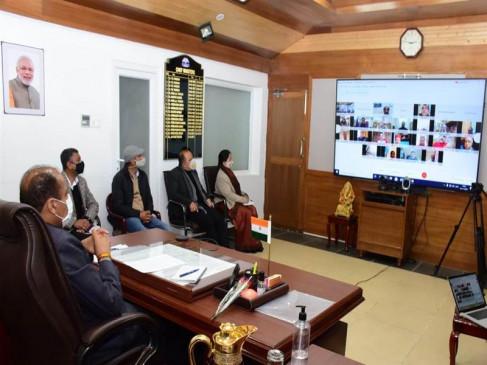 मीडिया सरकार एवं समाज के बीच सेतुः मुख्यमंत्री
