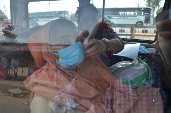 पाकिस्तान में बीते 24 घंटे में कोरोना के 2,000 से ज्यादा मामले