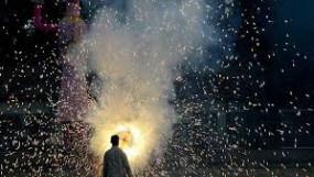 मुंबई में ध्वनिप्रदूषण का स्तर घटा लेकिन पाबंदी के बावजूद नहीं थमा पटाखों का शोर