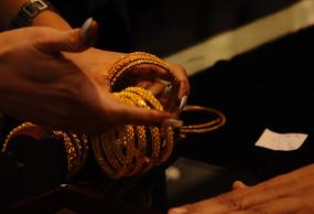 धनतेरस पर देशभर में लोगों ने खरीदा 20,000 करोड़ रुपये का सोना : आईबीजेए