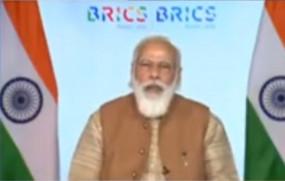 पीएम मोदी ने ब्रिक्स देशों से कहा, आतंकवाद के मददगार देशों को जिम्मेदार ठहराएं