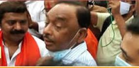 जन आक्रोश यात्रा से पहले राम कदम को पुलिस ने हिरासत में लिया, नारायण राणे बोले - शिवसेना ने छोड़ा हिंदुत्व