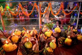 बिहार में छठ पर्व की तैयारी शुरू, बाजारों में रौनक बढ़ी