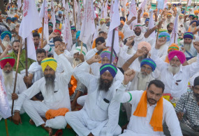 पंजाब : काली दिवाली मनाकर विरोध जताएंगे किसान