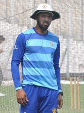 राहुल विकेट के पीछे धोनी के नक्शेकदम पर चलने को तैयार