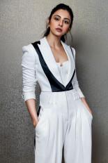 बीग बी-अजय देवगन स्टारर मेडे में रकुल प्रीत सिंह आएंगी नजर