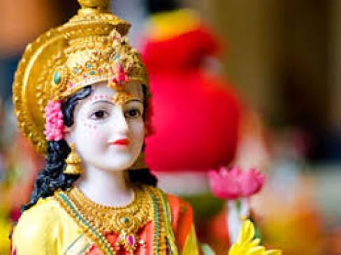 499 साल बाद दिवाली पर दुर्लभ योग : गुरु व शनि खुद की राशियों में और शुक्र नीच राशि का