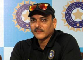 टेस्ट खेलने के लिए रोहित, ईशांत को 4-5 दिनों में रवाना होगा : शास्त्री