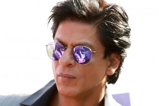 शाहरुख खान देखे गए यशराज स्टूडियो में, नए प्रोजेक्ट का कयास