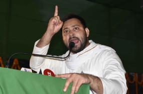 बिहार चुनाव में अच्छे प्रदर्शन के लिए शिवसेना ने तेजस्वी की पीठ ठोंकी
