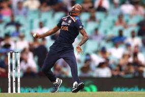 सिडनी वनडे : भारत को पांड्या से गेंदबाजी कराने के लिए मजबूर होना पड़ा
