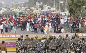 किसानों के प्रदर्शन के बीच दिल्ली-गुरुग्राम बॉर्डर पर सुरक्षा के कड़े इंतजाम