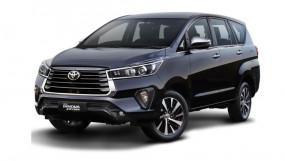 MPV: Toyota Innova Crysta फेसलिफ्ट इन धांसू फीचर्स से है लैस, जानें इसकी खूबियां...