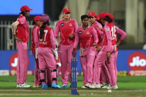 Women's IPL Final : सुपरनोवाज को 16 रन से हराकर पहली बार वुमन्स चैंपियन बना ट्रेलब्लेजर्स, स्मृति मंधाना की फिफ्टी