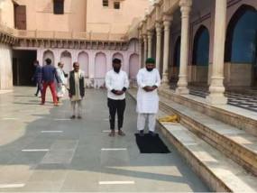 मंदिर में नमाज का मामला: मथुरा के नंदबाबा मंदिर में नमाज पढ़ने के आरोप में फैसल खान गिरफ्तार, यूपी पुलिस ने दिल्ली से पकड़ा