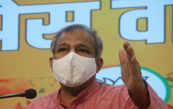 कोरोना से दिल्ली को बचाने के लिए सर्वदलीय बैठक क्यों नहीं बुला रहे केजरीवाल: बीजेपी