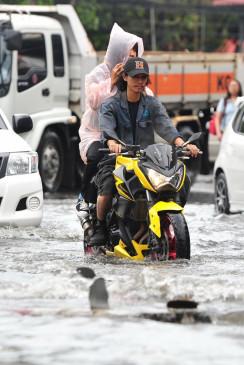 थाईलैंड में बाढ़ से 13 लोगों की मौत