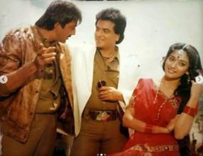 'थानेदार' के 30 साल : माधुरी ने संजय दत्त के साथ 'तम्मा तम्मा लोगे' के जादू को याद किया