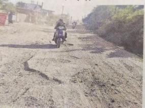 गोहलपुर नई बस्ती से बायपास तक 4 किमी का इलाका धूल में नहा रहा, कोरोना काल में बड़ी आबादी हलाकान