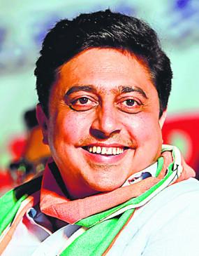 नागपुर स्नातक निर्वाचन सीट के चुनाव में अभिजीत वंजारी जीते, भाजपा को झटका